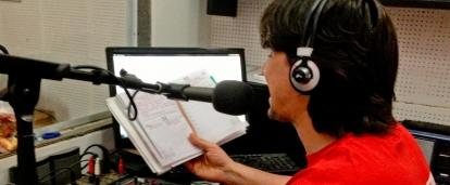 A Journalism intern in Argentina works at a radio station.